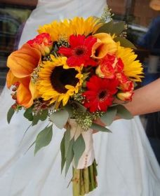 Sunflower & Calla Bridal BQ